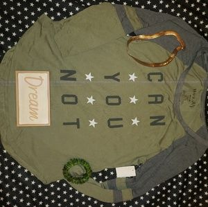⭐4/25⭐ Wound Up Army Style Graphic Quote Tee